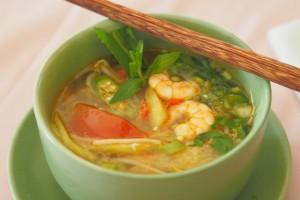 Süß-Sauer-Scharfe Fischsuppe